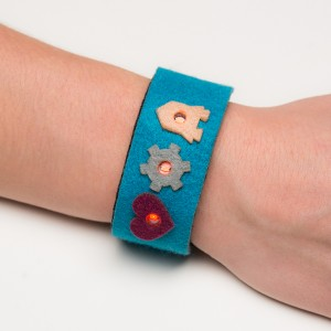 myDazzu - Programmable Wearable Electronic Wristband