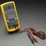 Fluke 87V Industrial Multimeter with Service Combo Kit